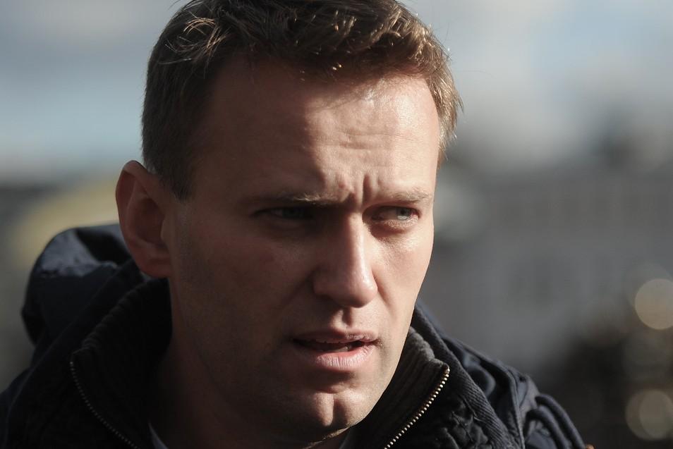 Навального уличили в пользовании интернетом