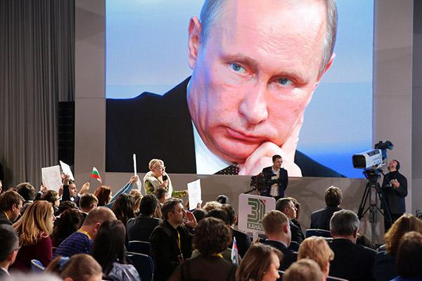 Путин заявил, что замедление темпов роста экономики не может стать причиной невыполнения майских указов