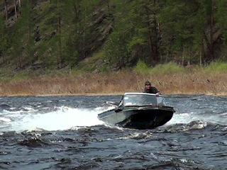 На севере Красноярского края мужчина на спор переплывал реку и утонул