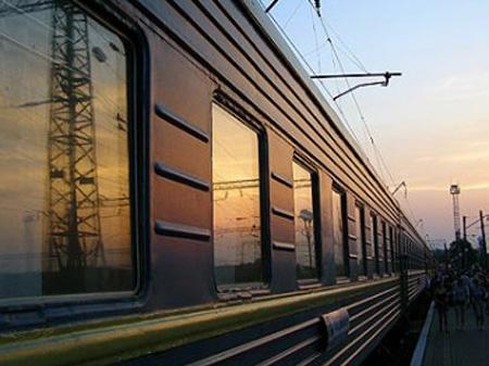 Под Славянском разбомбили товарный поезд