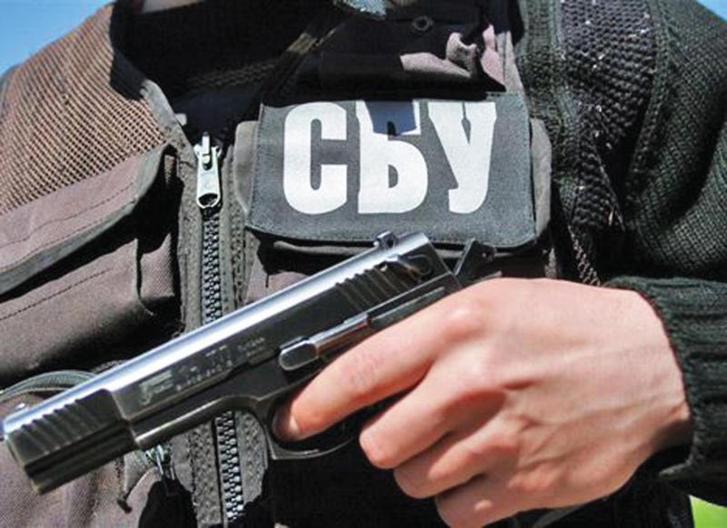 Во время штурма военкомата в Луганске есть раненые