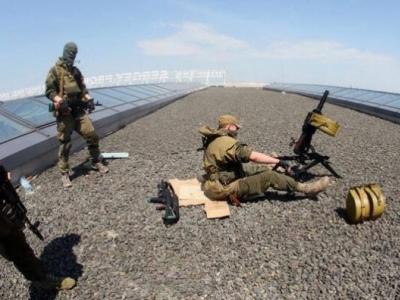 В ходе боёв у вокзала Донецка снайпер застрелил мирного жителя