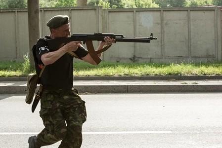 К украинской границе направляется еще одна колонна с вооруженными людьми?