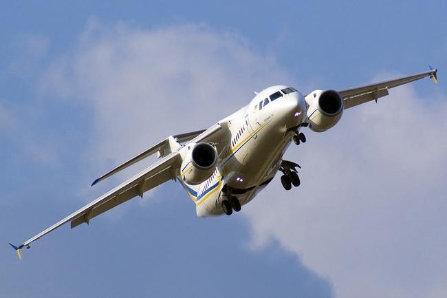 В аэропорту Донецка отменено более 15 внутренних и международных авиарейсов