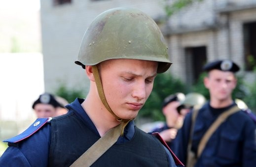 Нацгвардия Украины сообщила о гибели одного силовика в бою в Славянске