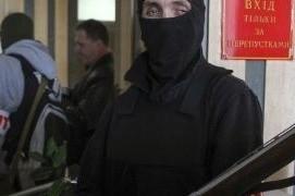 Ополченцы взяли штурмом райотдел милиции в Донецке