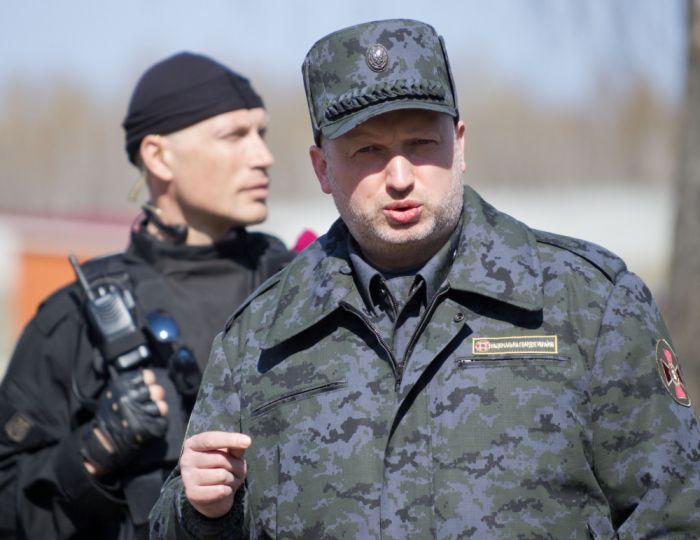 Что-то украинские политики обрушились на Запад