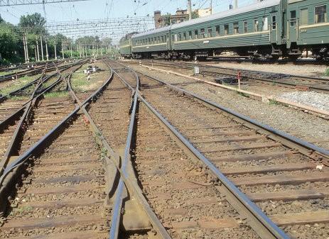 Подрыв на Донецкой ж/д - вагоны грузового поезда сошли с рельсов