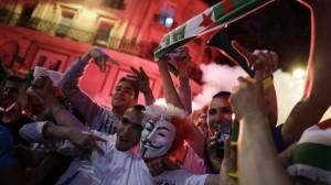 Алждирцы отмечают ничью своей сборной