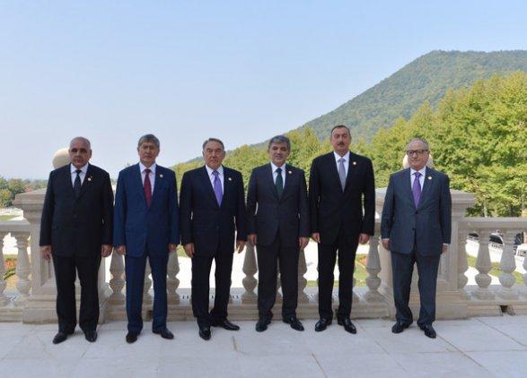 Тюркоязычные государства так и не смогли создать зону свободной торговли. Всех зовут в Евразийский Союз