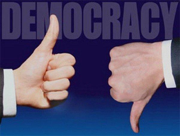 Демократия теряет популярность: мода прошла