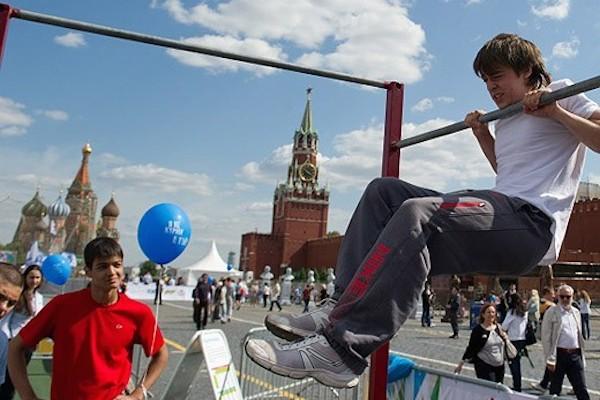 Сколько в России абсолютно здоровых подростков?
