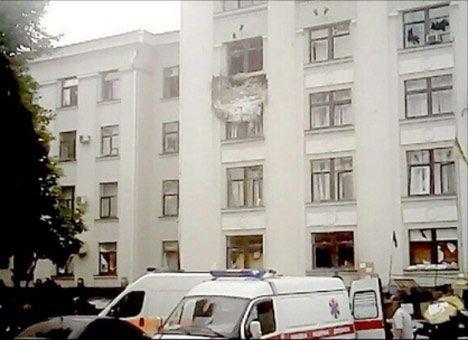 ОБСЕ: Здание ОГА Луганска обстреляли с самолета
