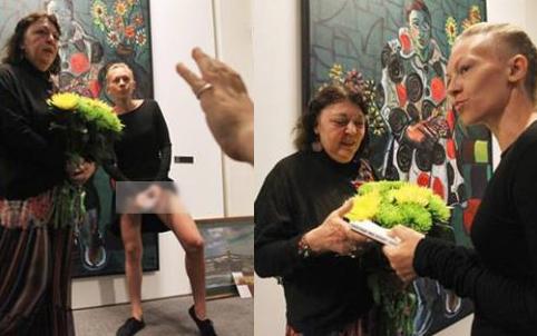 На открытии выставки Церетели устроили неприятный перфоманс