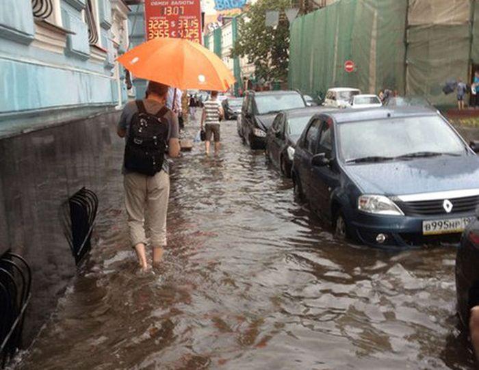 Июньский град в Москве