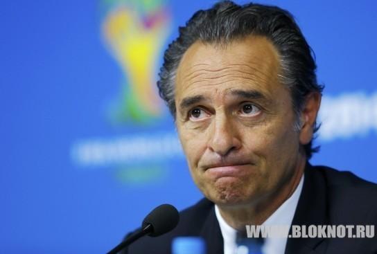 Президент федерации футбола Италии и главный тренер сборной подали в отставку