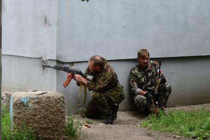 Луганские ополченцы заняли здание разведки ВС Украины