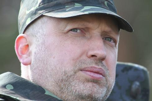 Турчинов приехал на восток Украины, чтобы проконтролировать карательную операцию