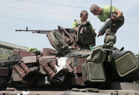 Ополченцы: бронеколонна силовиков пыталась прорваться к Луганску
