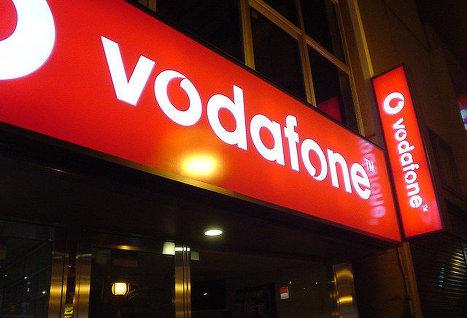 Британский оператор сотовой связи Vodafone: спецслужбы прослушивают наши телефоны