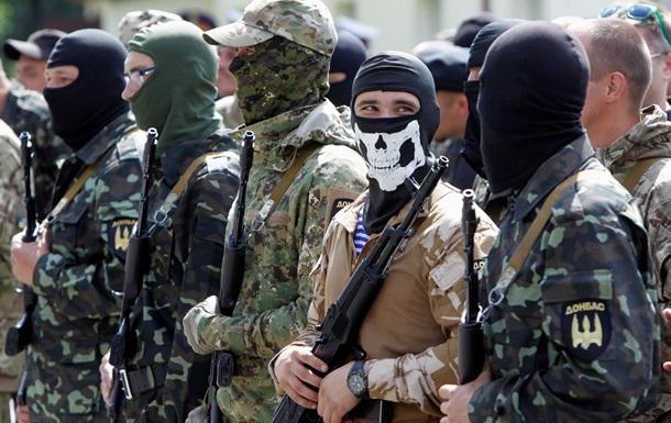 В воскресенье к Порошенко приедут бойцы батальона Донбасс