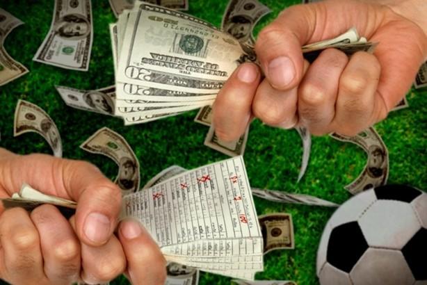 Молодой парень в Китае свел счеты с жизнью, проиграв более $3 тыс на футбольных ставках
