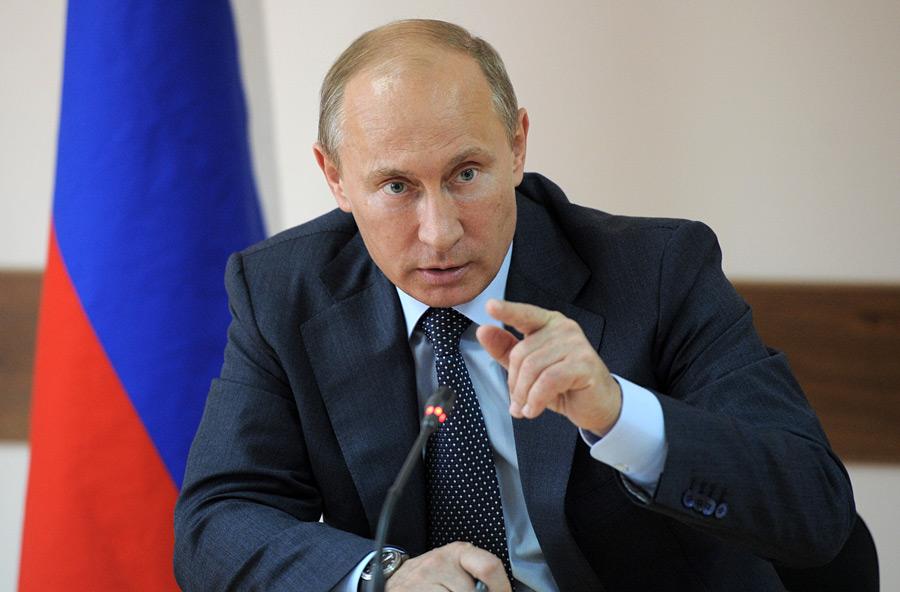 Две трети россиян хотят переизбрания Путина президентом