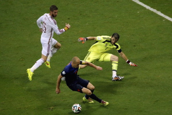 Испания проиграла Нидерландам с разгромным счетом
