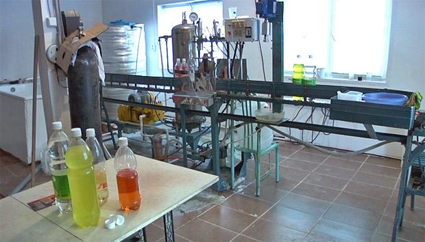 Красноярский бизнесмен производил алкогольные коктейли с ацетоном