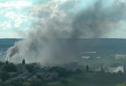 При обстреле жилого сектора в Краматорске погибли более десяти человек