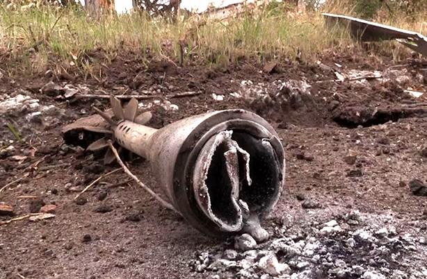 Окраину Славянска обстреливают фосфорными минами