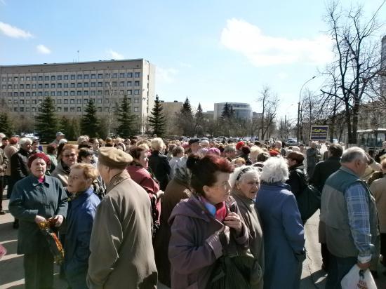 Из Терновки Днепропетровской области местные женщины выгнали боевиков «Правого сектора»