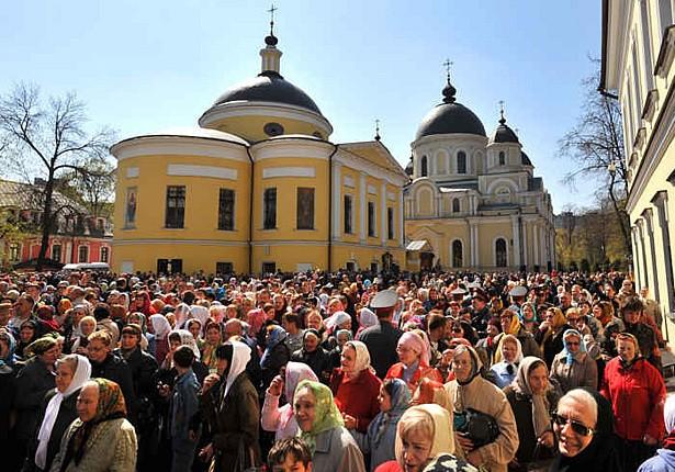 Монахини в московском монастыре удерживали 18-летнюю девушку