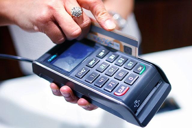 В России развернулась борьба за право создать альтернативу Visa и MasterCard