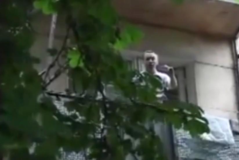 Одессит, выборосивший свою бабушку из окна, недавно расстался с девушкой