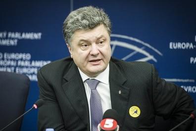 Порошенко заявил об окружении Славянска силовиками