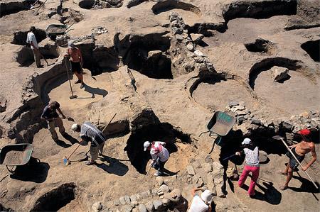 Кому война, а кому – грабеж археологических памятников