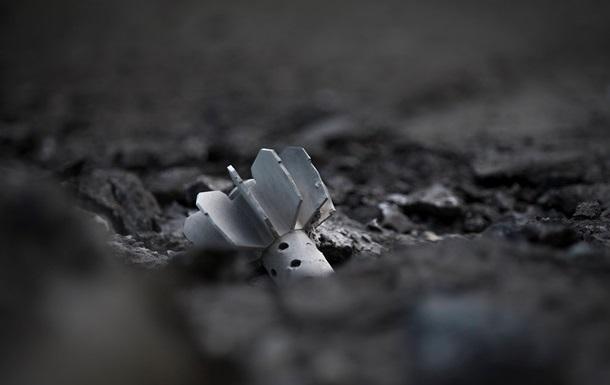 В Луганске в жилой дом попал снаряд