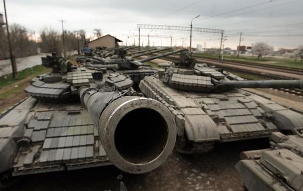 В Ростовской области стоят танки с якобы украинской символикой