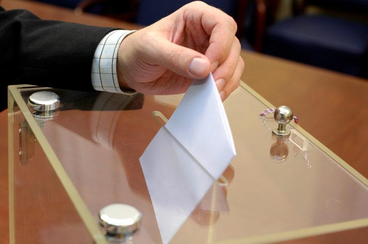 «Единая Россия» поможет преодолеть муниципальный фильтр кандидатам от оппозиции на губернаторских выборах в Астраханской и Волгоградской областях