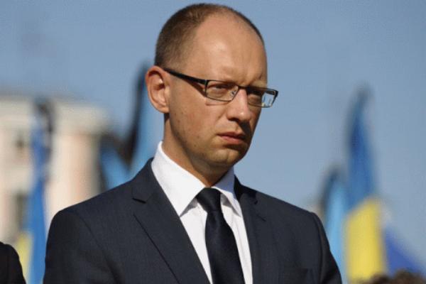 Яценюк назвал жителей юго-востока «недочеловеками»