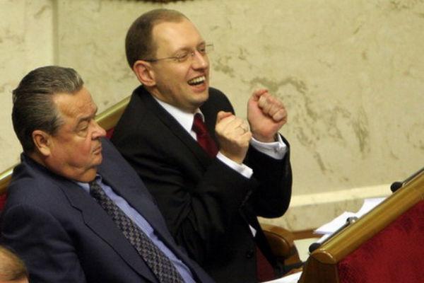Яценюк признался, сколько газа украла Украина