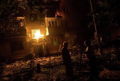 Жители Славянска во время артобстрела чуть не сгорели заживо