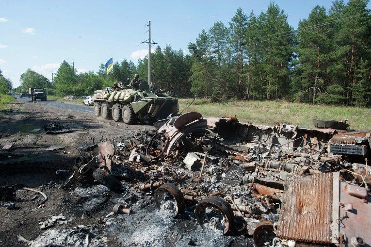 Ополченец на юго-востоке Украины бросился под танк со связкой гранат