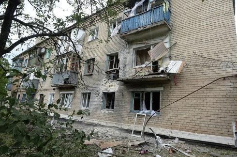 Украинская авиация нанесла авиаудар по городу Снежное
