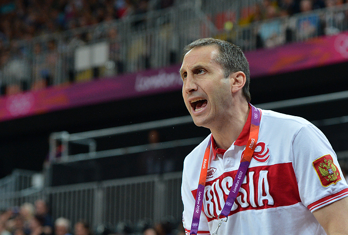Экс-наставника сборной России по баскетболу признали тренером года в Евролиге