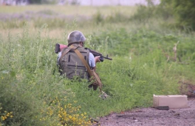 У границы с Россией идет бой с украинскими силовиками