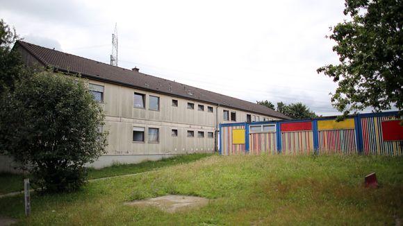В немецких домах для беженцев терроризируют христиан - скандал в Германии