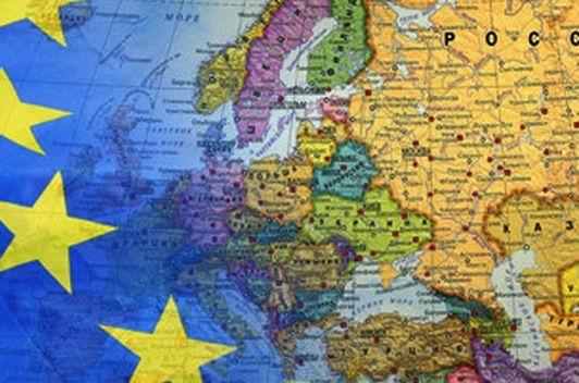 Девять стран ЕС готовы блокировать санкции против России