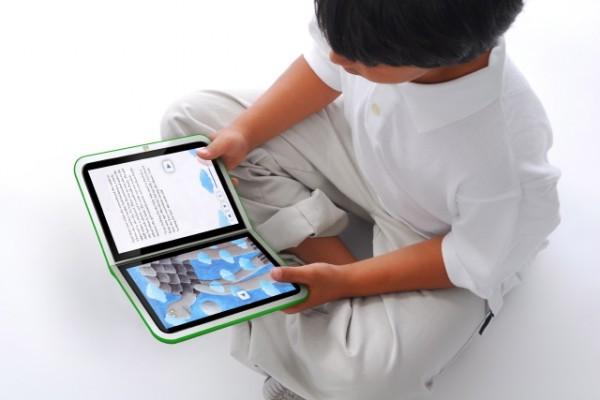 К 2015 году все школьные учебники в России станут электронными